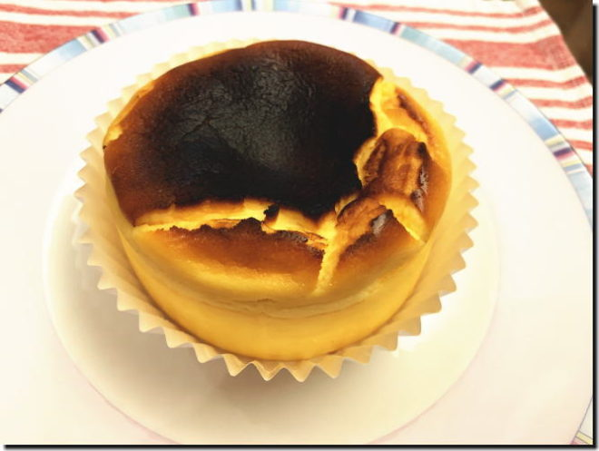 T2の菓子工房 バスクチーズケーキ
